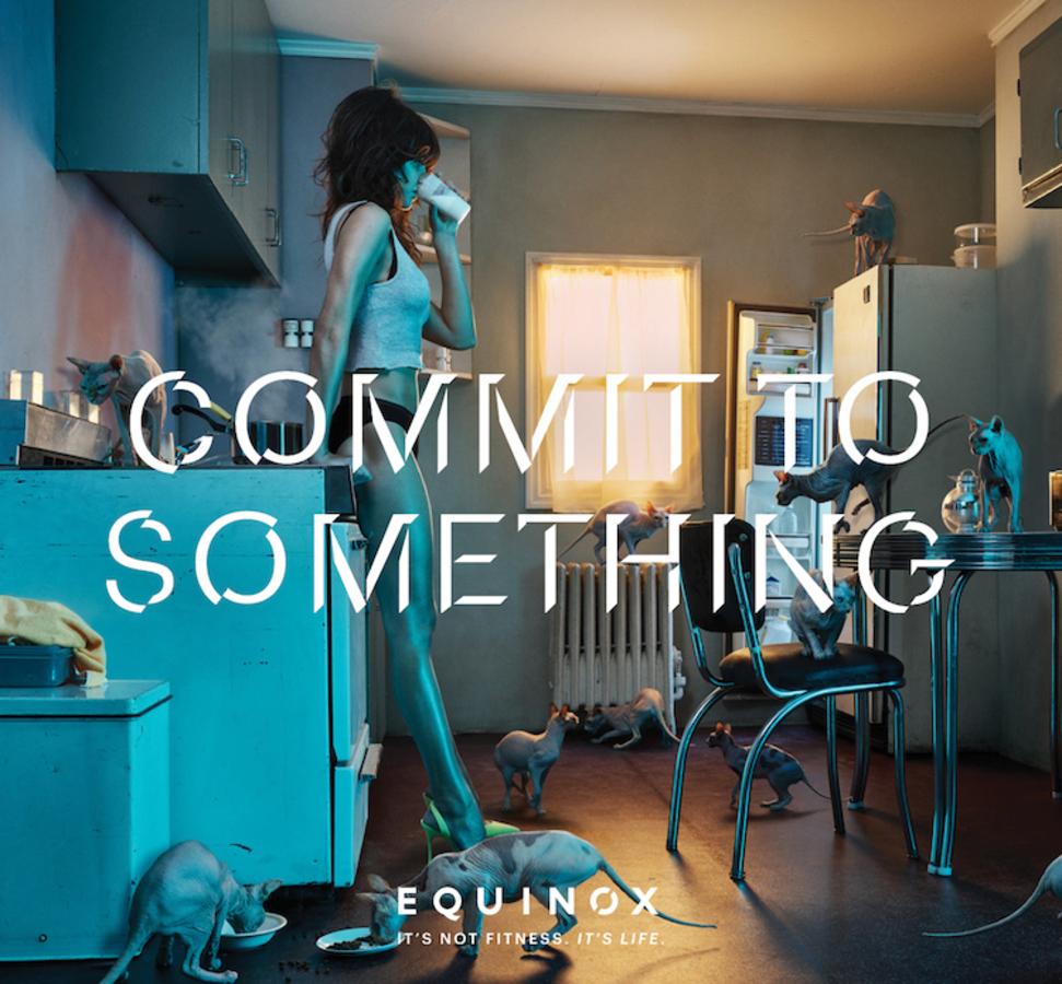 Снимок кормящей модели появился в рекламной кампании фитнес-клуба