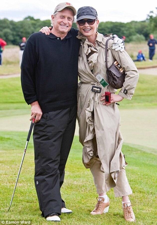 Голливудские звезды играют в гольф