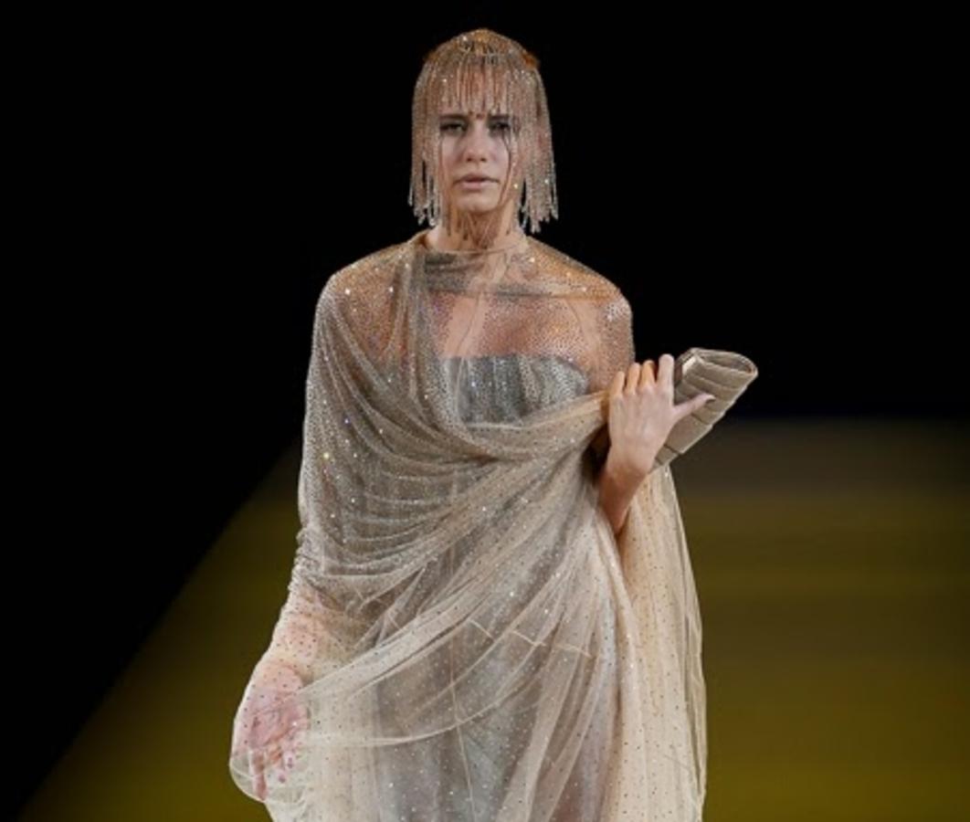 Модный показ новой коллекции Giorgio Armani. Весна / лето 2015