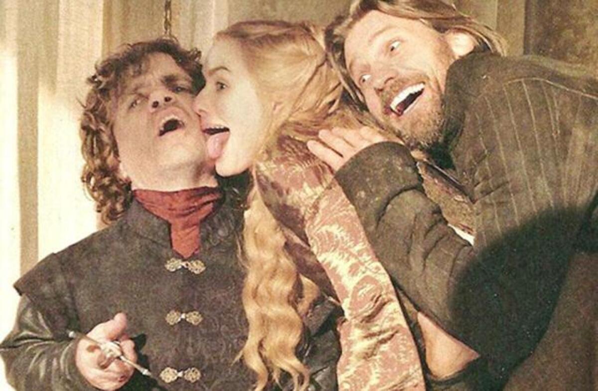 Видео: неудачные и смешные дубли из 6 сезона «Игры престолов»