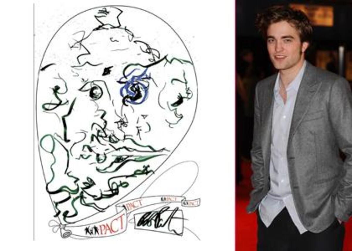 Роберт Паттинсон рисует шар для благотворительной организации