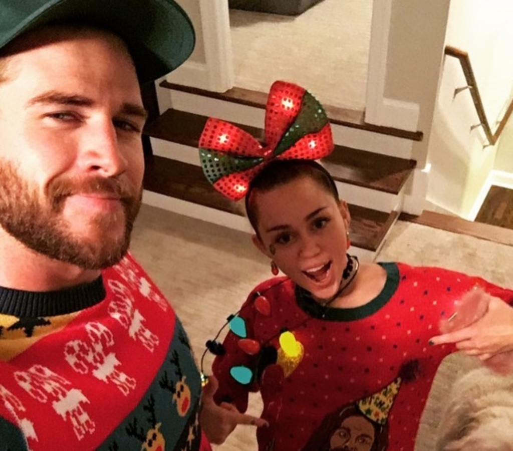 Фото: как звезды отмечают Рождество 2016