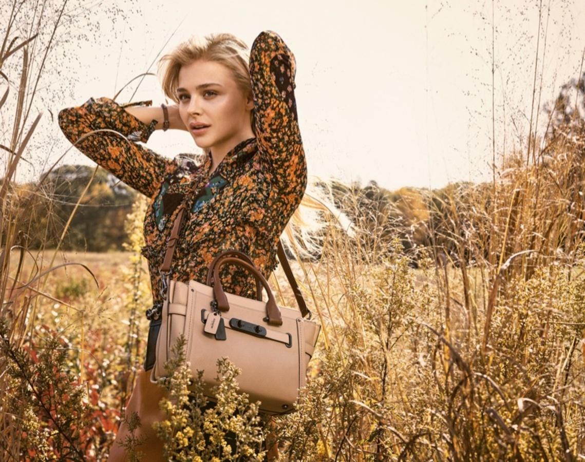 Хлоя Морец в рекламной кампании Coach весна-лето 2016