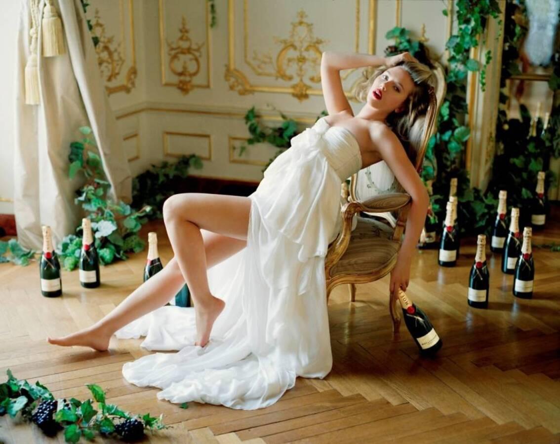 Скарлетт Йоханссон для шампанского Moët & Chandon. новые фото.