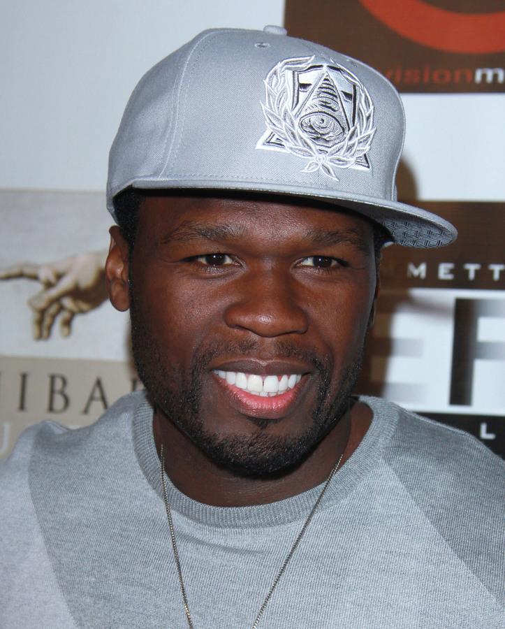 Преступники взломали дом 50 Cent и выпили его вино