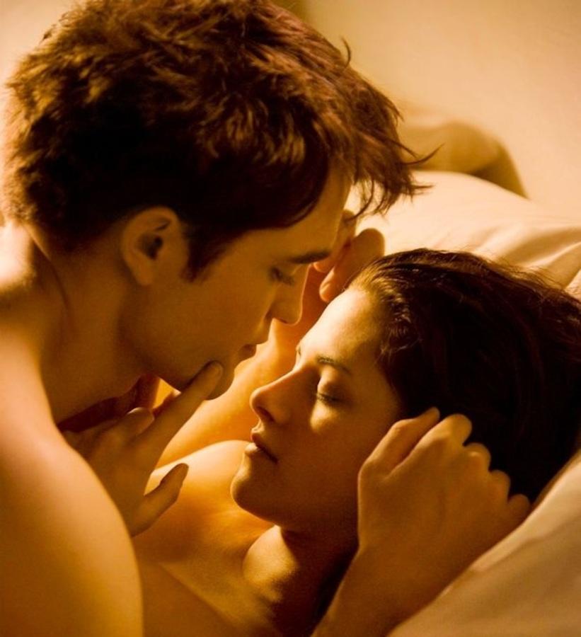 Режиссер «Сумерки: Рассвет» похвалил Кристен Стюарт за имитацию оргазма
