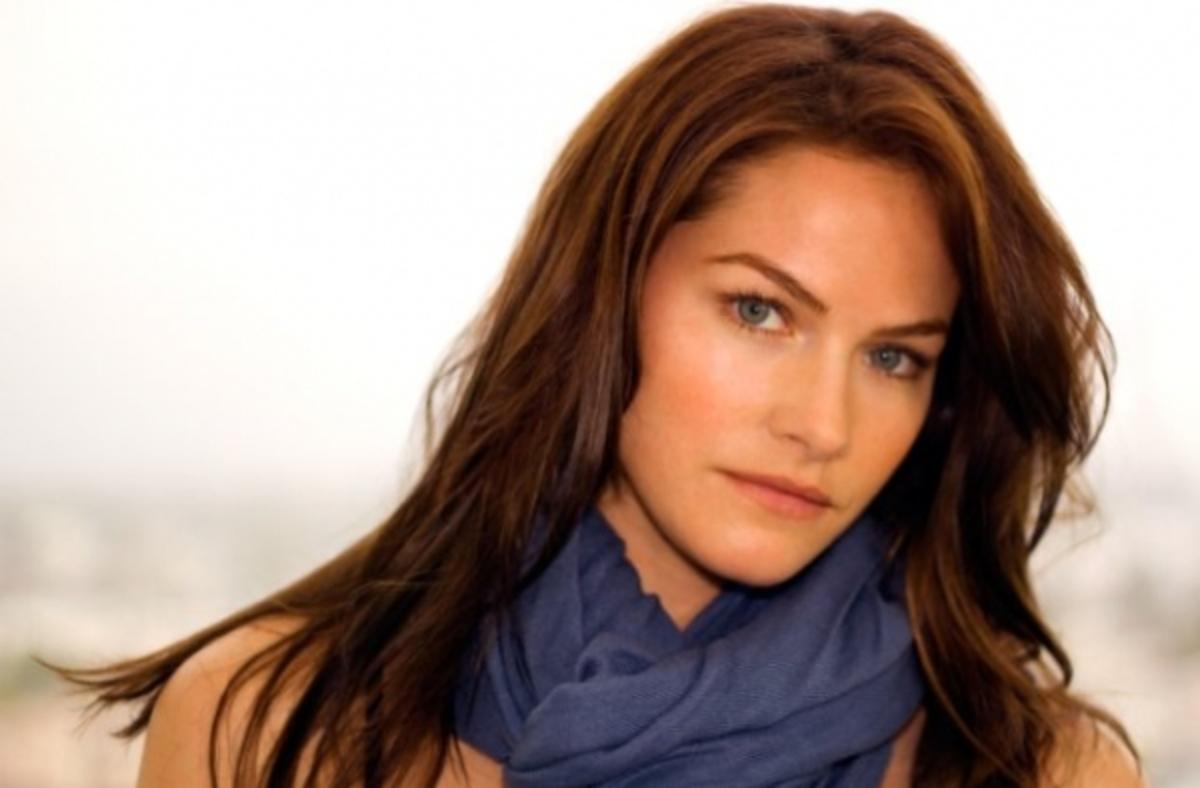 Звезда «Настоящей крови» Келли Овертон сыграет дочку Ван Хельсинга в новом сериале