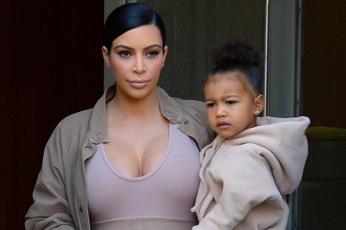 Гардероб трехлетней дочери Ким Кардашьян стоит больше миллиона долларов