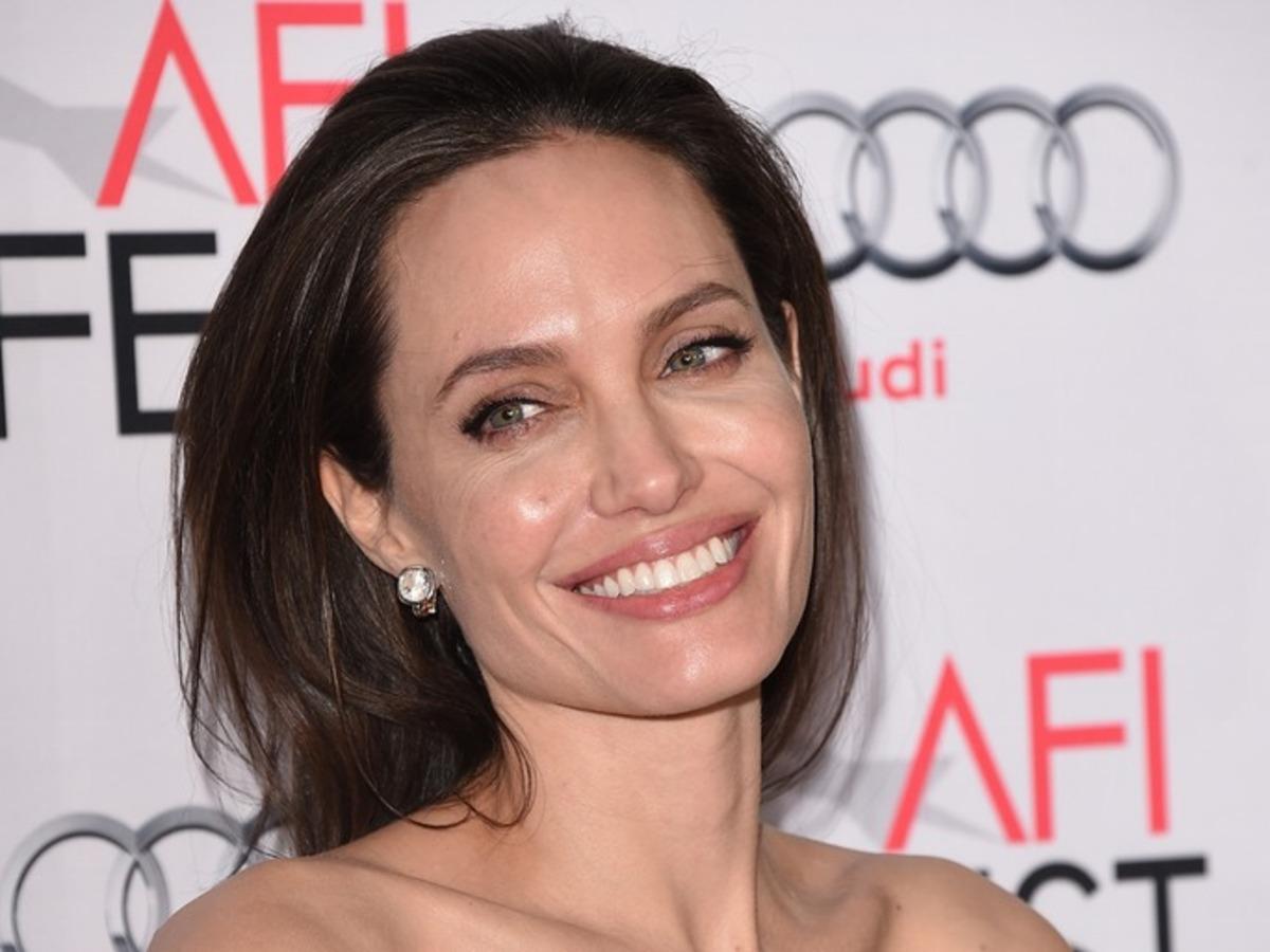 Анджелина Джоли выступит в поддержку беженцев в эфире BBC