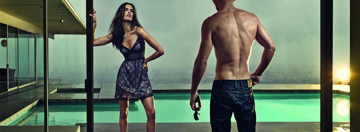 Алессандра Амбросио и Эштон Кутчер для рекламной кампании Colcci Осень / Зима 2012