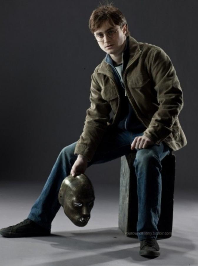 """Ролик о создании фильма """"Гарри Поттер и Дары смерти. Часть вторая"""" и промо-фото"""