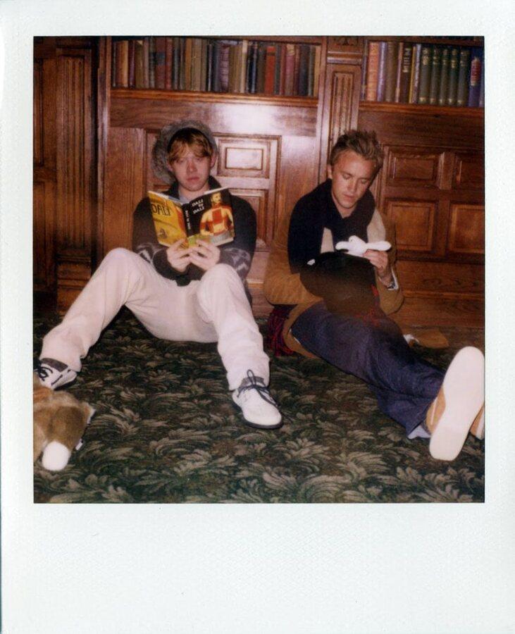 Руперт Гринт и Том Фелтон в осенне-зимней кампании Band of Outsiders
