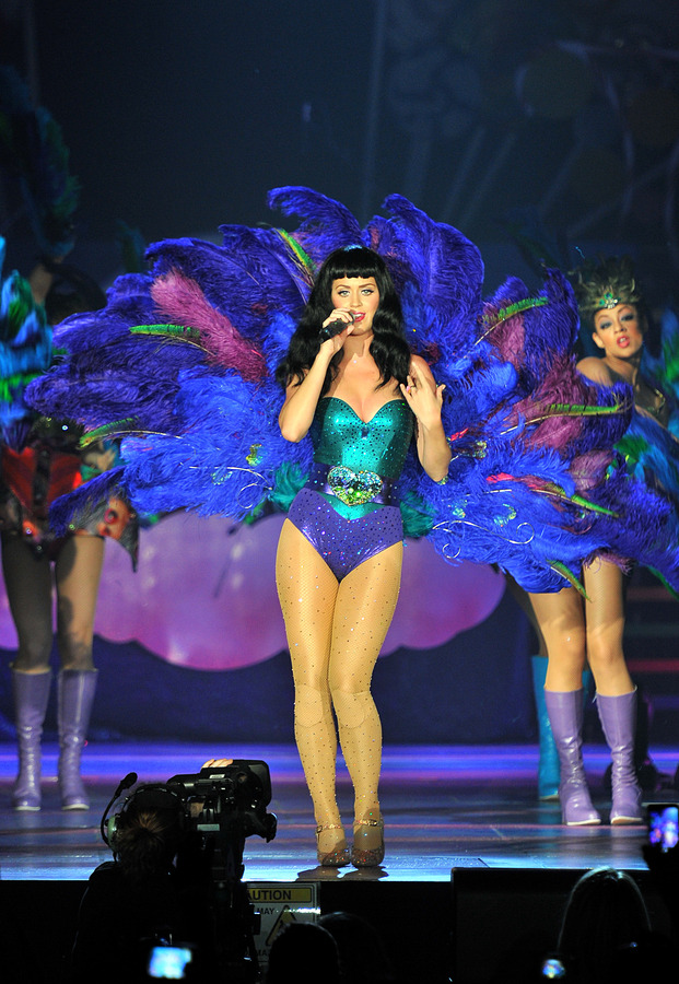 Кэти Перри отменила концерты из-за болезни