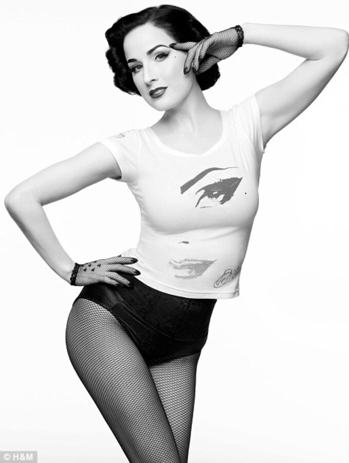 Звезды в рекламной кампании H&M «Дизайнеры против СПИДа»