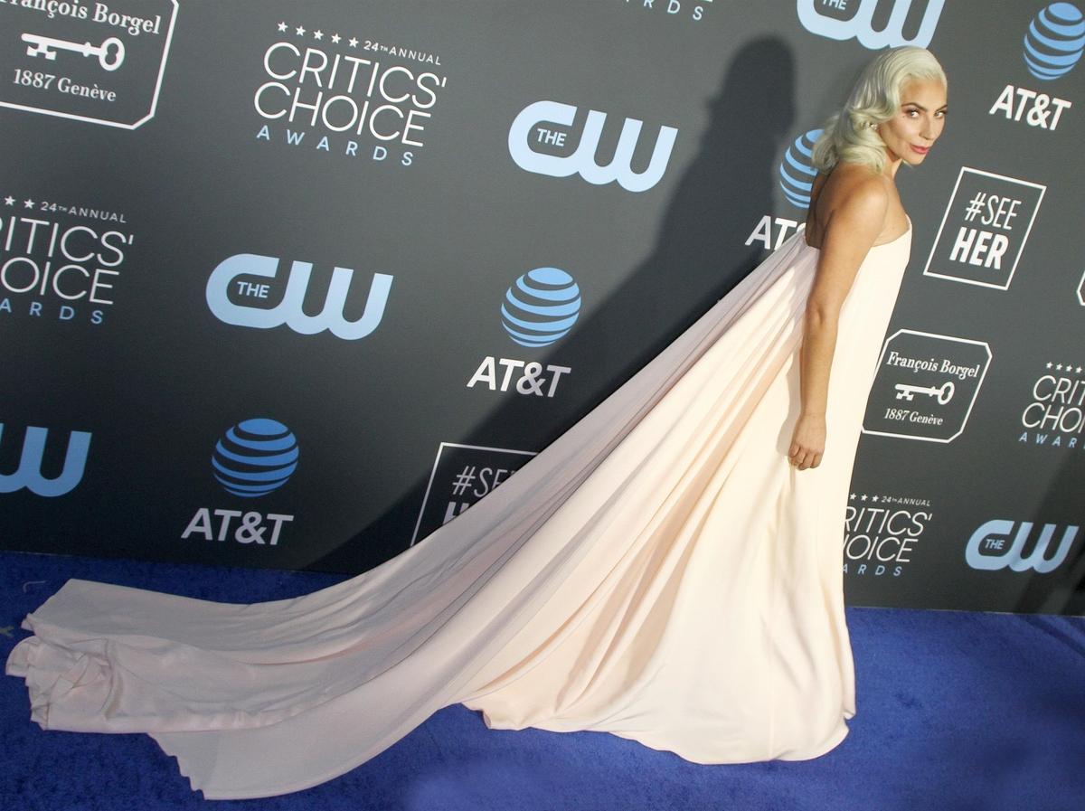 Critics' Choice Awards: звезды на красной дорожке и полный список победителей