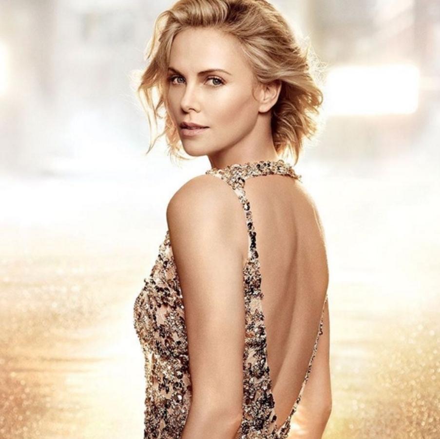 Шарлиз Терон в новой рекламной кампании аромата  Dior J'Adore Eau de Toilette: первый взгляд
