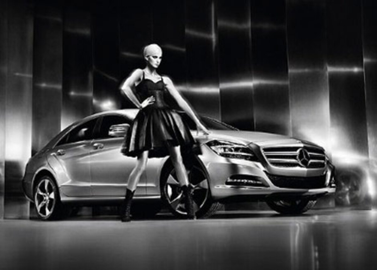 Каролина Куркова представила Mercedes Benz CLS coupé