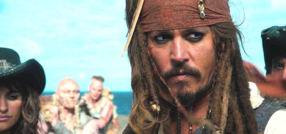 """Дублированный трейлер фильма """"Пираты Карибского моря: На странных берегах"""""""
