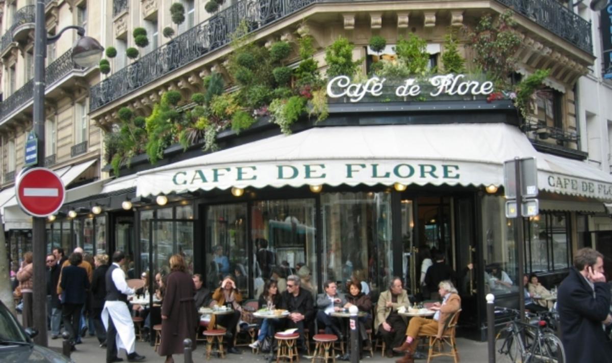"""Ванесса Паради посетит """"Cafe de Flore"""""""