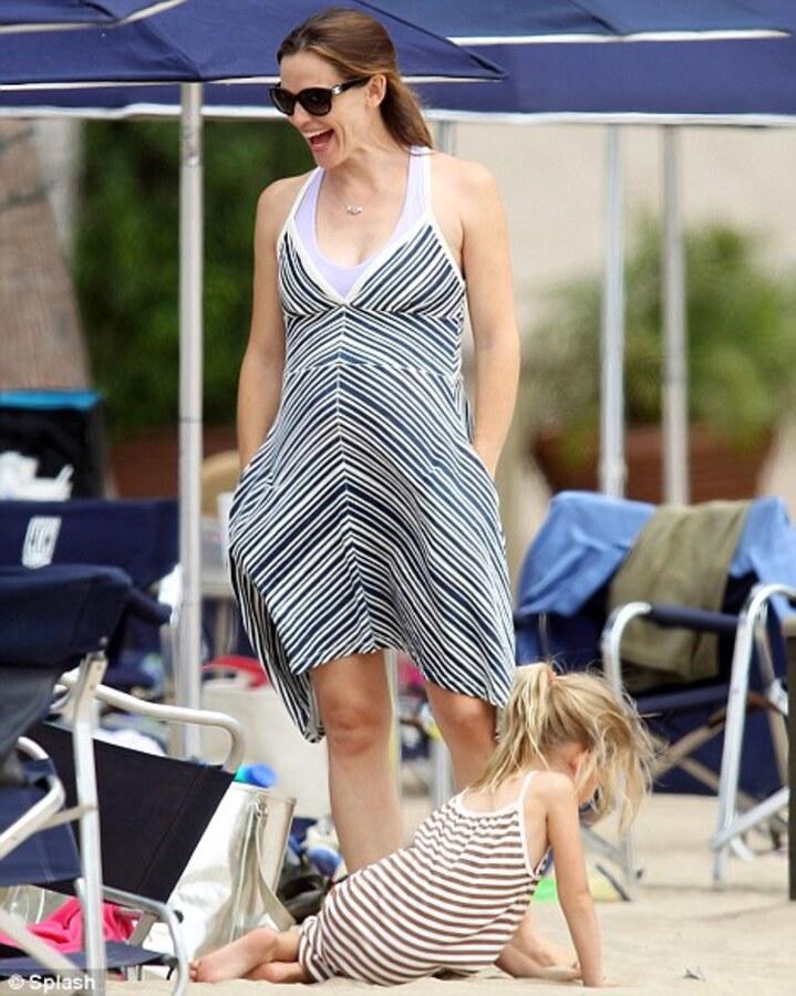 Дженнифер Гарнер наслаждается беременностью