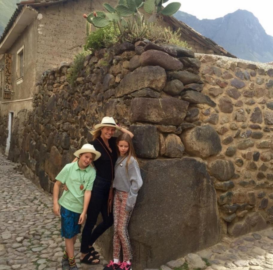 Гвинет Пэлтроу и Крис Мартин отдохнули с детьми в Перу
