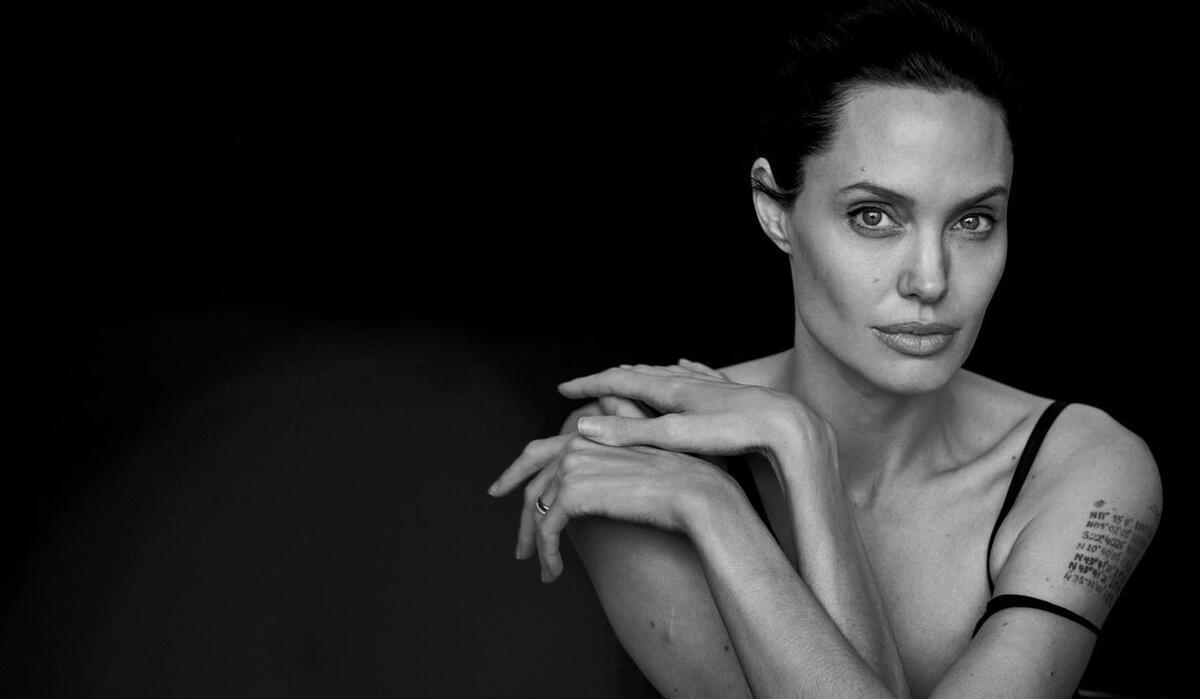 Анджелина Джоли снялась для нового глянца