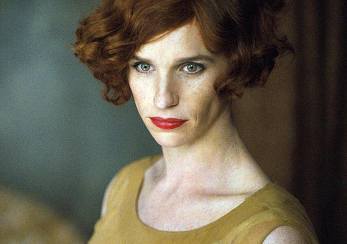 Фото: Эдди Редмэйн примерил образ женщины в трансгендер-драме «Девушка из Дании»