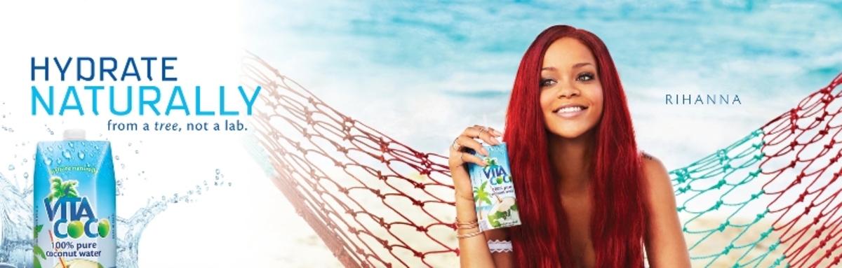 Рианна в рекламе кокосового напитка Vita Coco