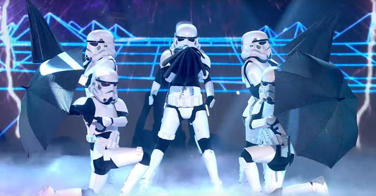 Штурмовики из «Звездных войн» станцевали в эфире британского телешоу