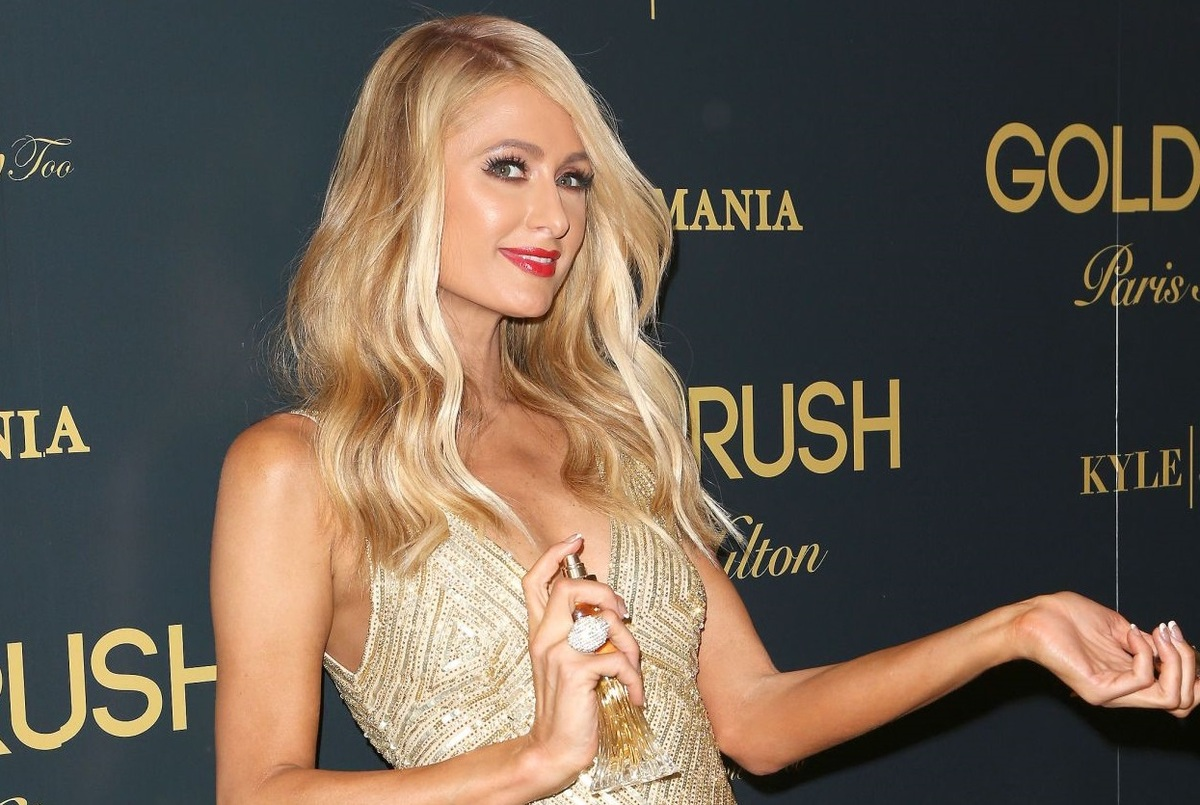 Фото: Пэрис Хилтон представила свой новый аромат Gold Rush