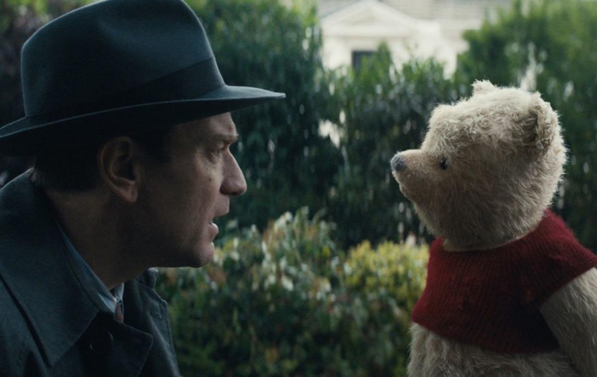 Юэн Макгрегор в роли повзрослевшего Кристофера Робина в дебютном трейлере одноименного фильма