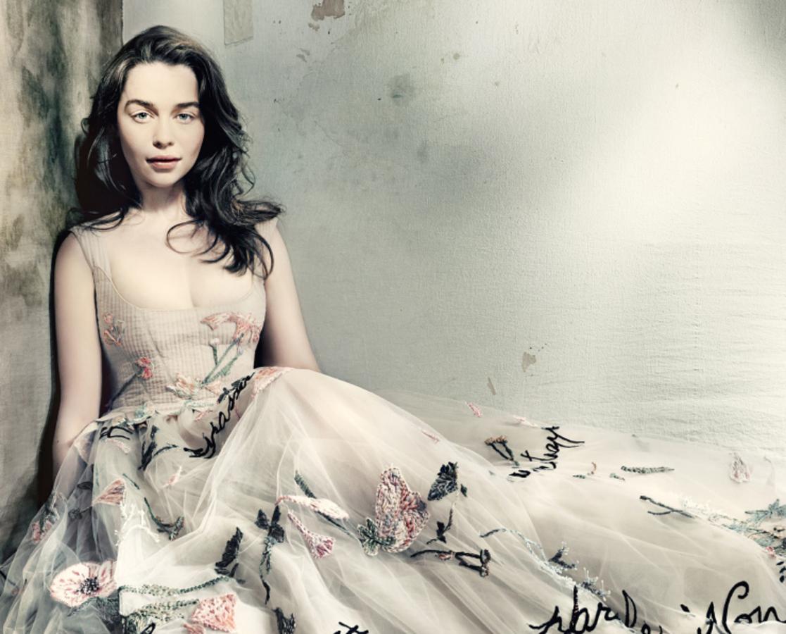 Эмилия Кларк в журнале Vogue Великобритания. Май 2015