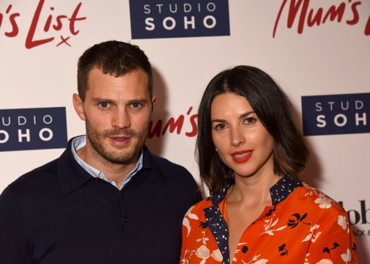 Фото: Джейми Дорнан с супругой Амелией Уорнер на премьере фильма Mum's List