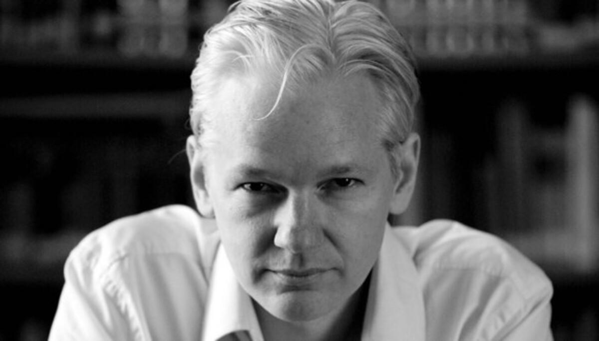 Кому достанется роль основателя скандального сайта WikiLeaks?