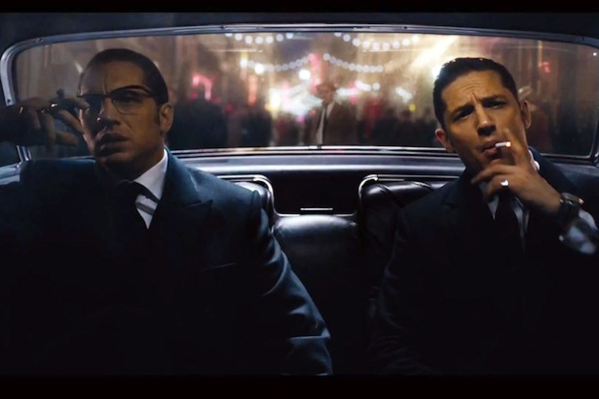 Видео: звезда «Безумного Макса» Том Харди в роли близнецов-гангстеров в «Легенде»