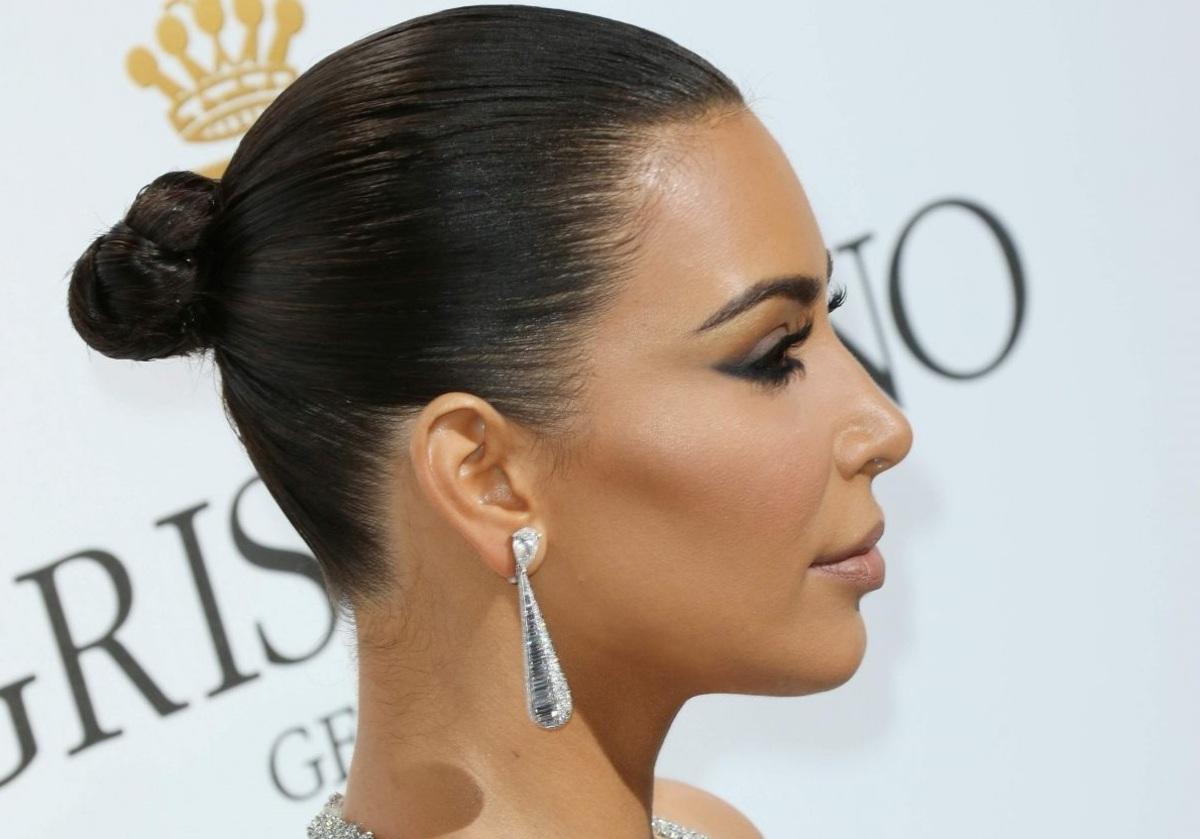 Ким Кардашьян приехала на Каннский фестиваль в украшениях за 36 млн долларов