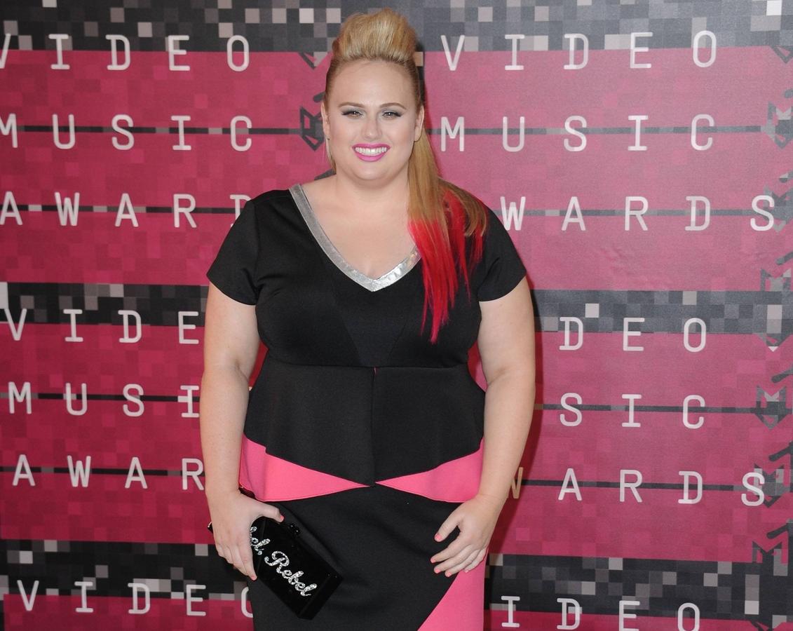 Ребел Уилсон отказалась вручать награду MTV VMA  вместе с сестрами Дженнер