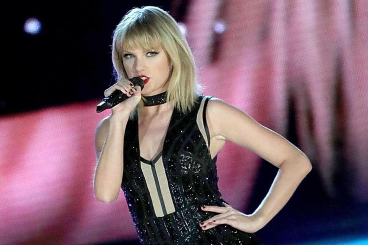 В новой песне You Need to Calm Down Тейлор Свифт обратилась к хейтерам в Twitter и поддержала ЛГБТ