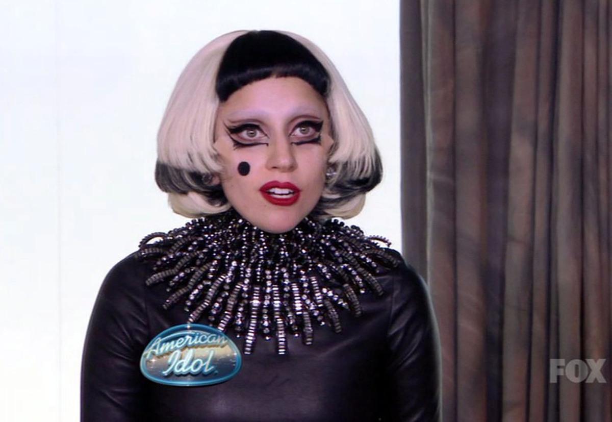 Lady Gaga стала наставником начинающих артистов