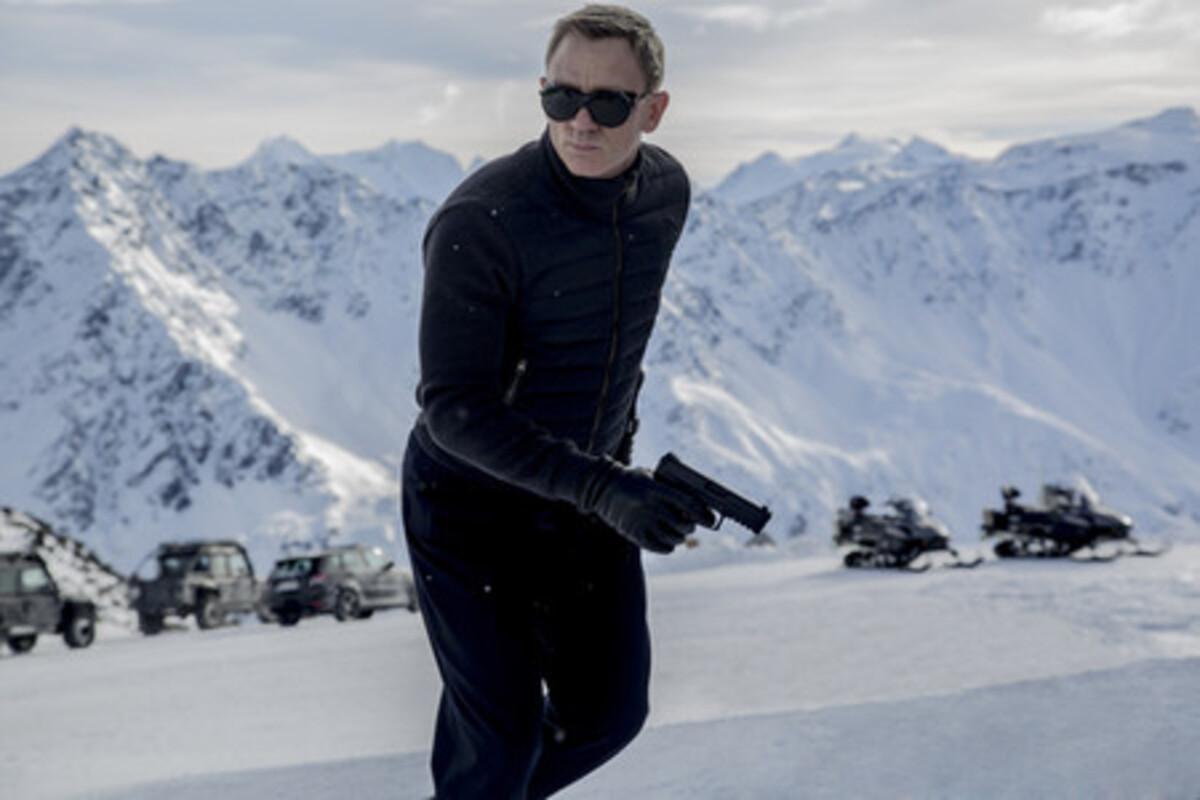 """Дублированный трейлер фильма """"007: Спектр"""""""