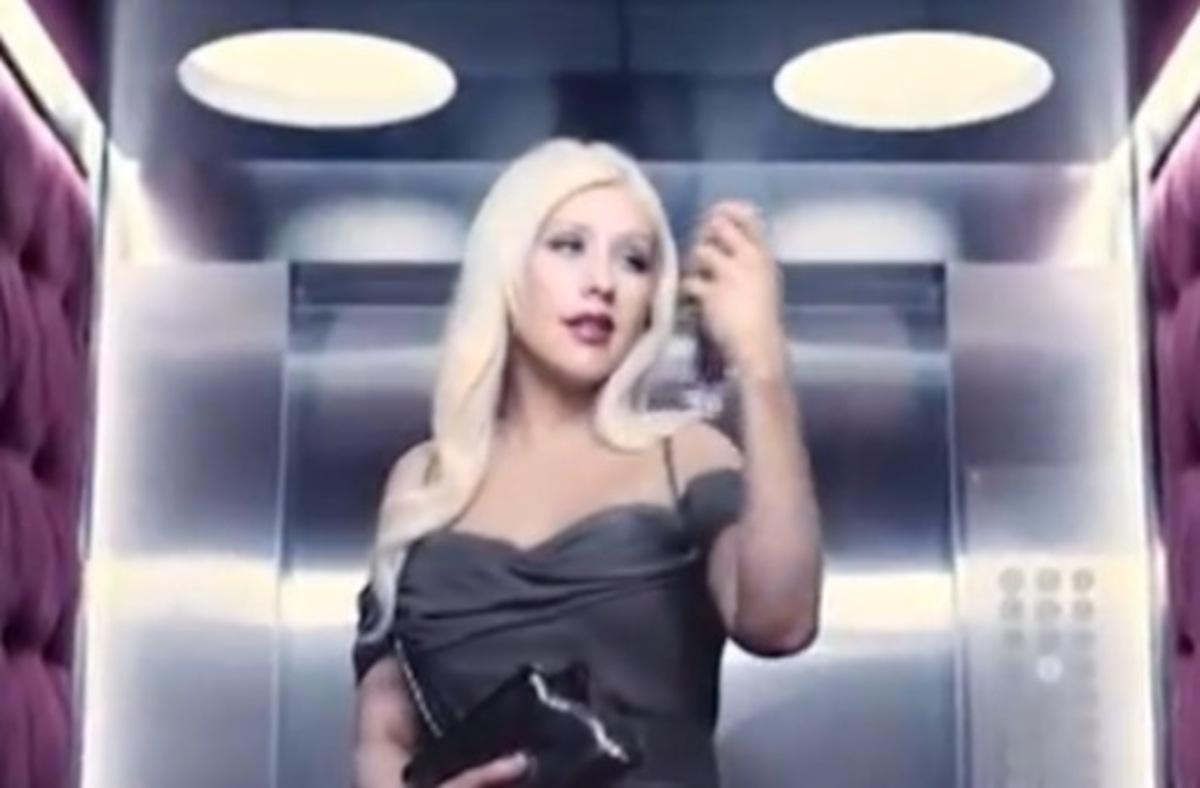 Рекламный ролик аромата от Кристины Агилеры Secret Potion