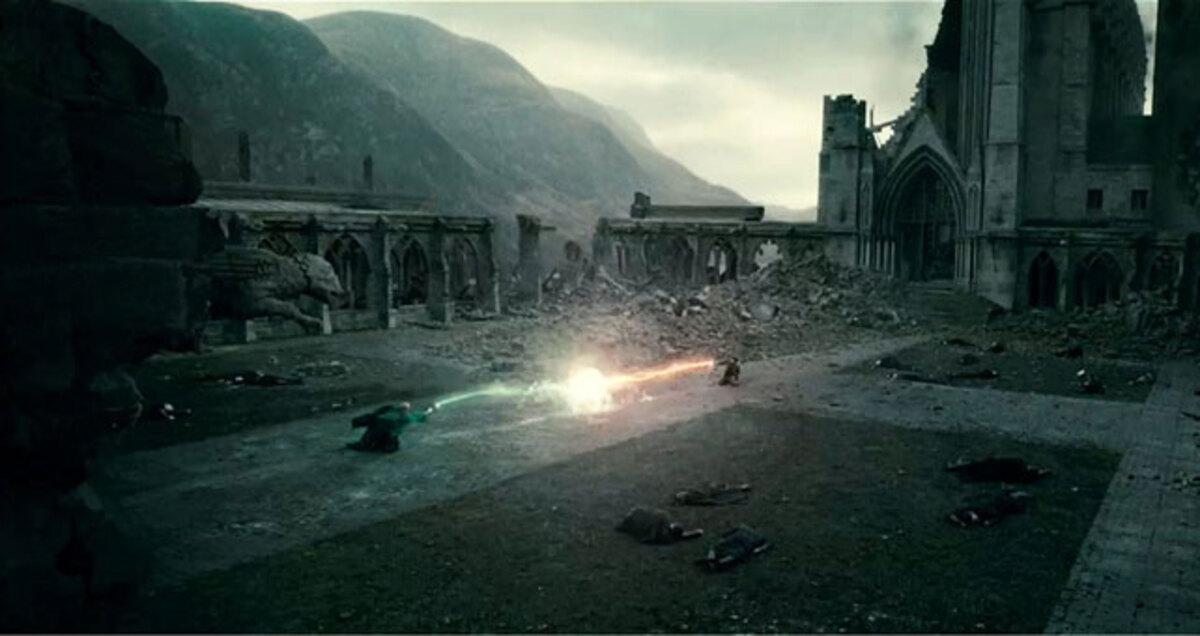 """Трейлер фильма """"Гарри Поттер и Дары смерти. Часть первая"""""""