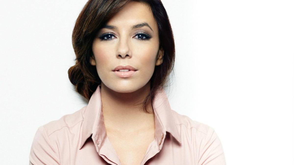 Ева Лонгория объявила о помолвке с бизнесменом Хосе Антонио Бастоном
