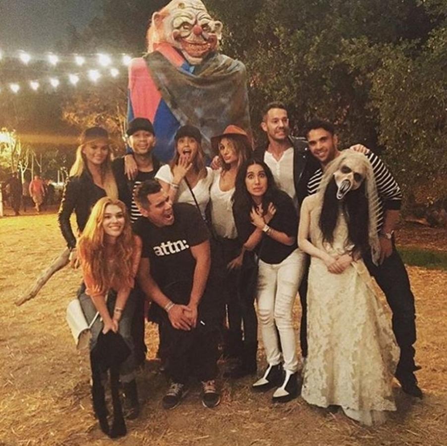 Звезды в социальных сетях: какие костюмы знаменитости выбирают на Хэллоуин?