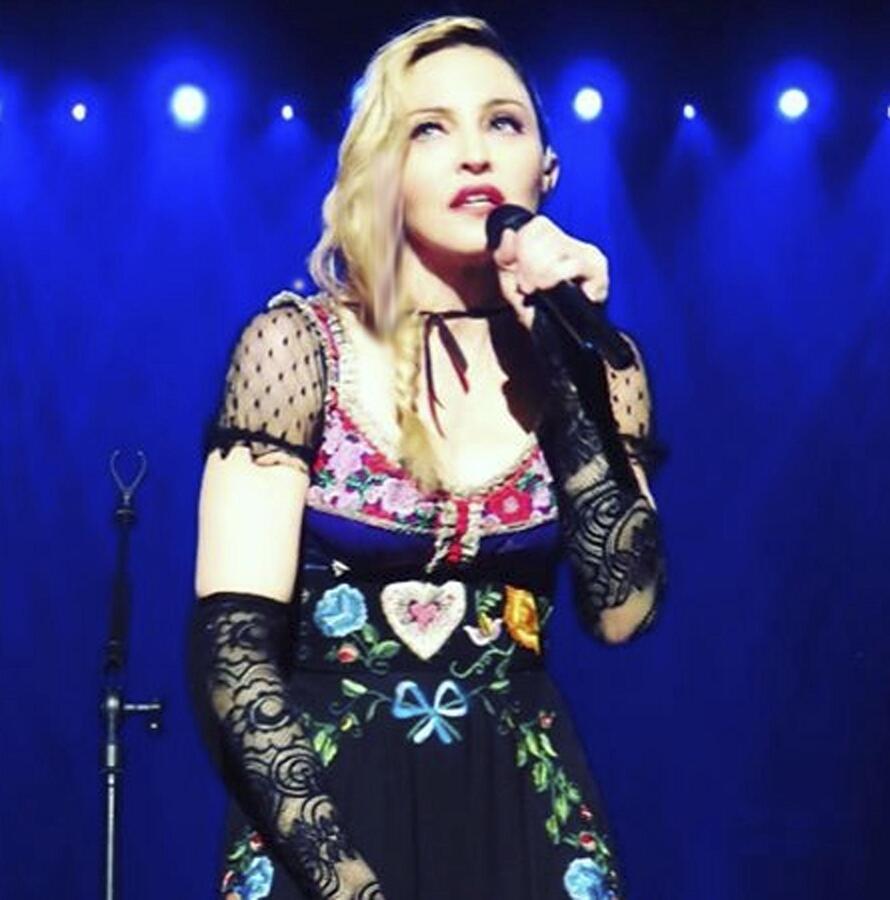 Мадонна уверена, что ее шоу понравится Папе Римскому