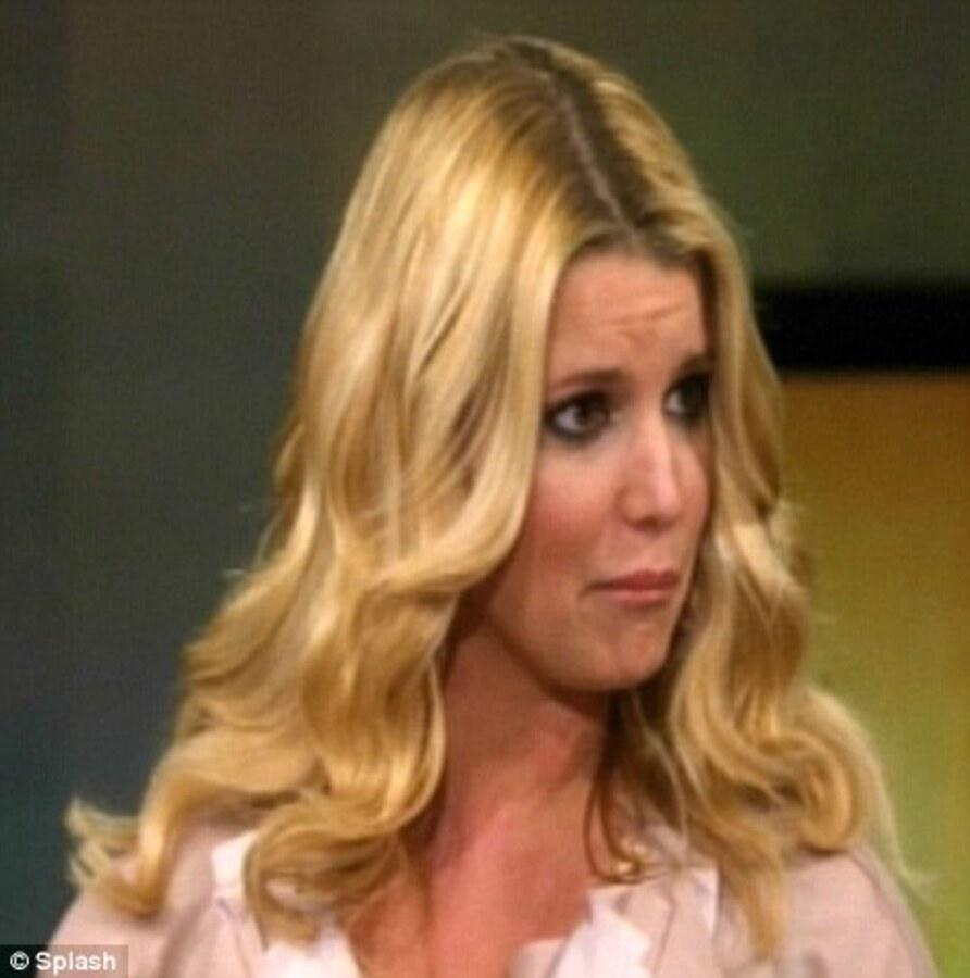 Джессика Симпсон чуть не заплакала во время интервью с Опрой Уинфри