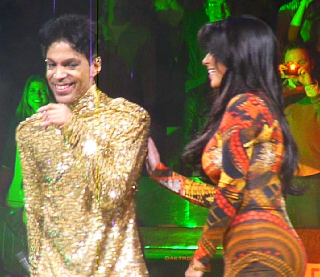 Принц прогнал Ким Кардашиан со сцены