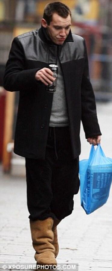 Джонатан Риз Майерс снова устроил пьяный дебош в аэропорту