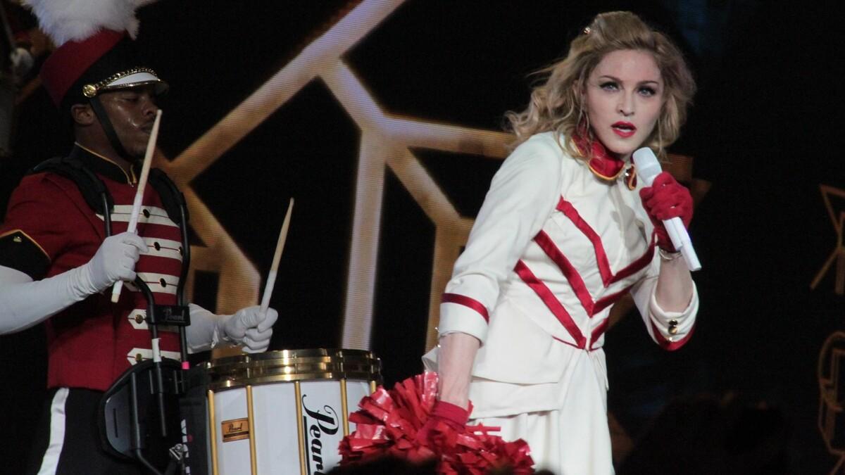 И пусть Нью-Йорк подождет: ради танцев Мадонны перекрыли Таймс-сквер