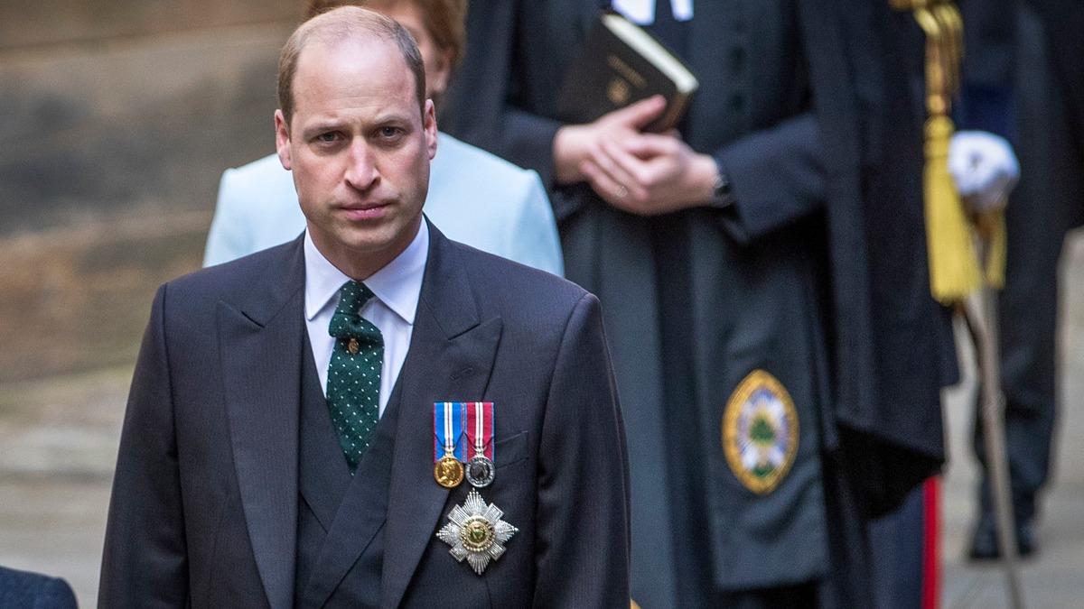 «Не могу общаться без смущения»: женатый принц Уильям пофлиртовал с британкой на глазах у всех